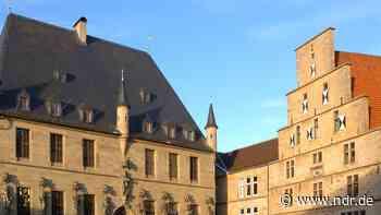 Emsländer stehen Schlange bei Impf-Woche in Lingen - NDR.de