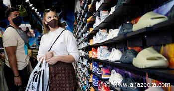 Vaccinated should wear masks indoors in US COVID hotspots: CDC - Al Jazeera English