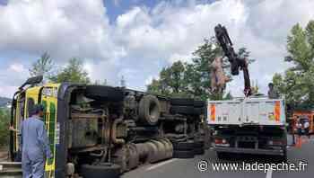 Decazeville. Camion renversé : une centaine de cochons sur la route - LaDepeche.fr