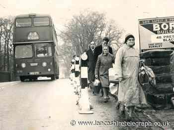 Passengers had to get off so bus could cross Blackburn bridge