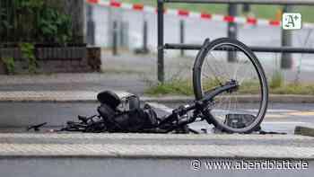 Bei Überholmanöver: Unfall in Volksdorf: E-Bike-Fahrer weiterhin in Lebensgefahr