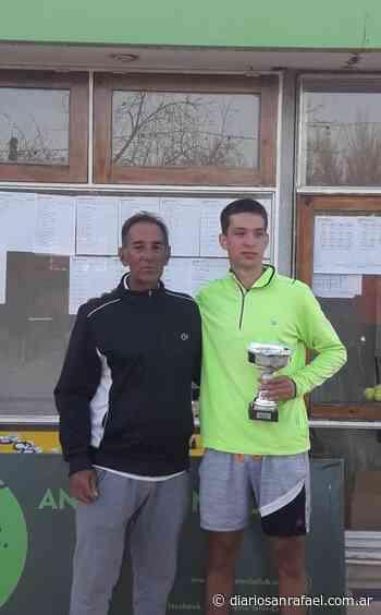 Gran actuación de jugadores del San Rafael Tenis Club en el Regional - Diario San Rafael