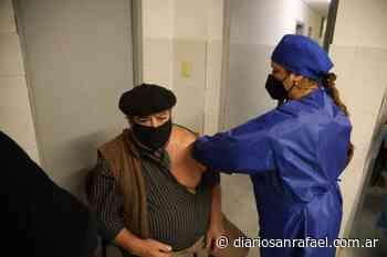 San Rafael: continúa la campaña de vacunación contra la COVID-19 en los distritos - Diario San Rafael
