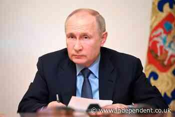 UK journalist sued by Russian billionaires over Putin book