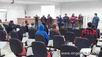 Projeto 'Jovens Programadores' é lançado em Cocal do Sul - Engeplus