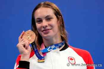 Penny Oleksiak swims into Canada's record books after earning sixth career medal