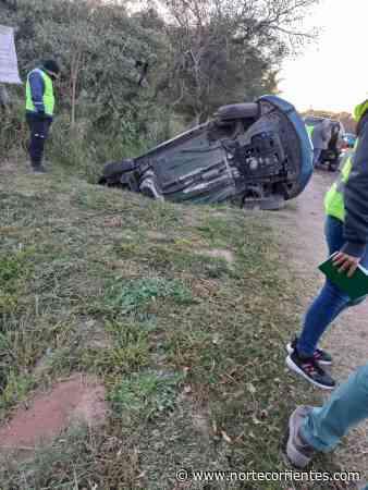 Dos heridos tras feroz choque en el acceso a Santa Ana - Norte Corrientes