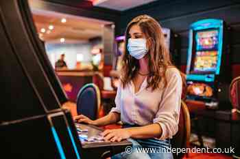 Mask mandates are coming back, including in Vegas, tourists aren't happy