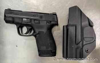 Decomisan arma cargada en equipaje de mano de pasajera - Telemundo 62