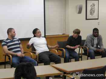 La oficina del fiscal de Filadelfia y las organizaciones locales ponen a prueba un programa de justicia restaurativa para delincuentes juveniles - AL DÍA News