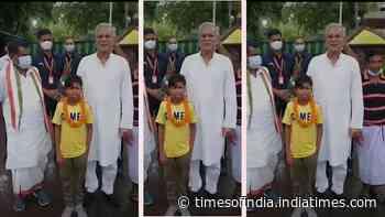 Viral: 'Bachpan Ka Pyaar' boy Sahdev Dirdo meets and sings for Chhattisgarh CM