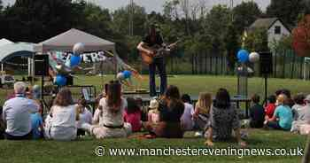 Blossoms stun schoolchildren with impromptu gig at leavers' festival