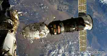 See astronaut's wild view of a discarded ISS module burning up     - CNET