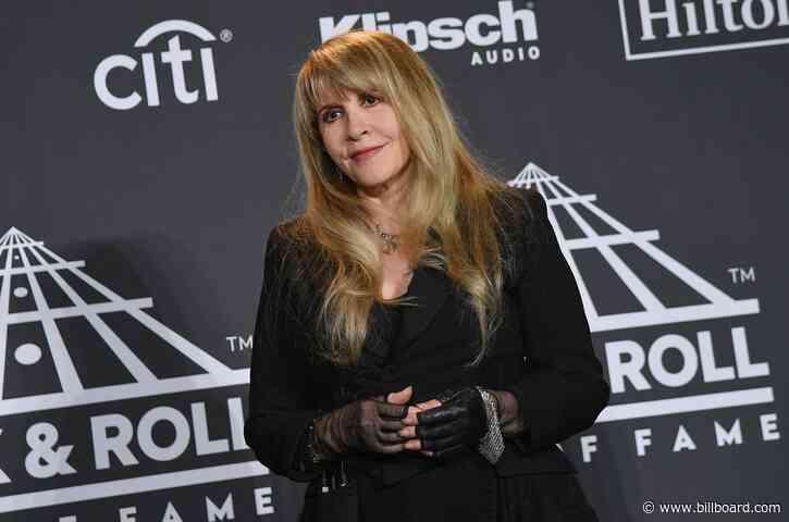Stevie Nicks Reflects on 'Bella Donna's 40th Anniversary: 'It Did Not Break Up Fleetwood Mac'