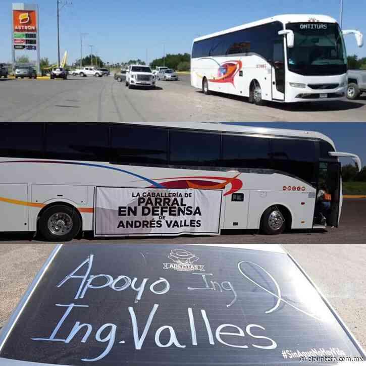 Parte desde Delicias marcha exigiendo la liberación de Andrés Valles; Llegará a los Juzgados Federales de Chihuahua y piden que les permitan demostrar su inocencia - El puntero