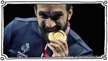 Olympische Spiele: Warum beißen Sportler auf Medaillen? - Süddeutsche Zeitung - SZ.de