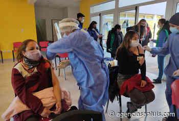 La campaña de vacunación en la Villa de Merlo continúa a buen ritmo con más de 1.000 convocados - Agencia de Noticias San Luis