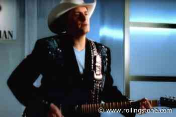 Flashback: ZZ Top Ham It Up With Brad Paisley in 'Sharp Dressed Man' Cover