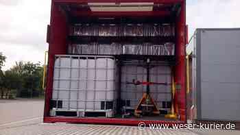 Kreisfeuerwehr bringt Wasser-Container ins Hochwassergebiet - WESER-KURIER
