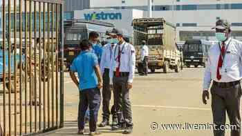Small contractors, security cos create bulk of formal jobs - Mint