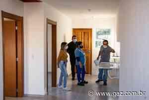 Futuros moradores vistoriam casas nos loteamentos Mãe de Deus e Santa Maria - GAZ