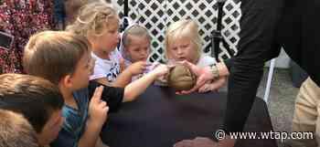 Columbus zoo animals visit Ely Chapman Education Foundation - WTAP-TV