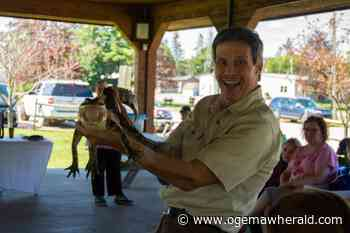 Animals in the park | Ogemaw County Herald - Ogemaw County Herald