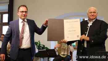 Seltene Auszeichnung: Manfred Zollner ist Ehrenbürger der Stadt Cham - Stadt Cham - idowa