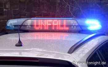 Tödlicher Unfall! 82-Jährige gerät in Gegenverkehr und crasht mit Linienbus - Tonight News