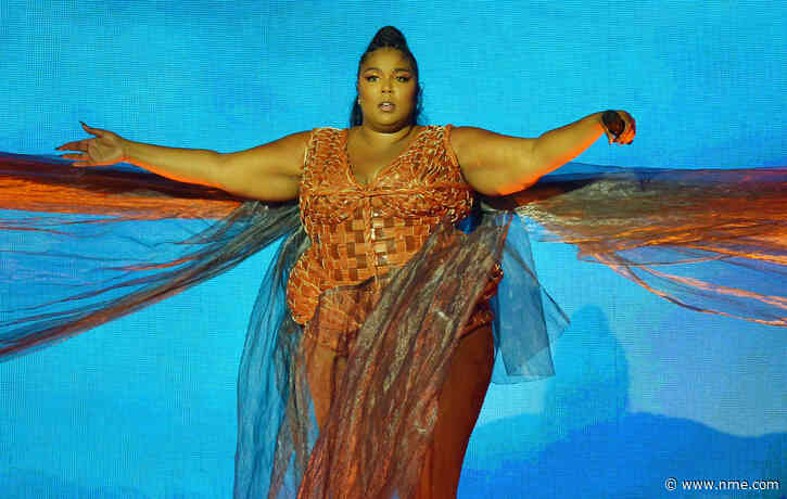 Lizzo responds to bizarre rumour she killed somebody while stage-diving