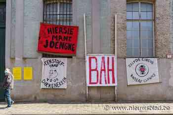 Krakers weigeren Caermersklooster te verlaten en willen verz... (Gent) - Het Nieuwsblad
