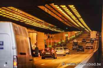 Kennedytunnel richting Gent tijdje volledig afgesloten door ... (Antwerpen) - Het Nieuwsblad