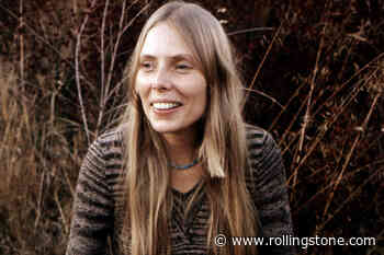 Hear Joni Mitchell's Previously Unreleased Live Version of 'The Dawntreader'