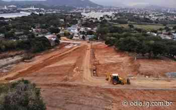 Condomínio ilegal é demolido pela prefeitura na Zona Oeste - O Dia