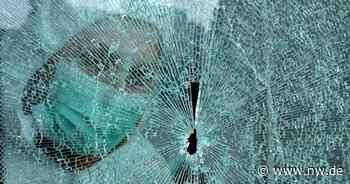 Polizei-Einsatz - Bus-Unfall in Bielefeld - Jugendlicher durch Splitter verletzt - Neue Westfälische
