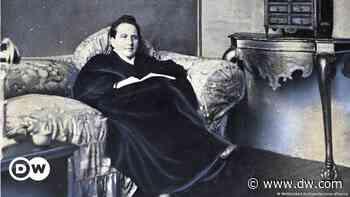 Gertrude Stein - Eine komplexe Pionierin - DW (Deutsch)