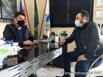 Flavio Zanrosso recebe o chefe da 19ª Regional de Saúde de Jacarezinho - Folha Extra