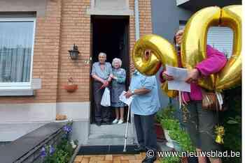 Sint-Cécilia verrast Julien (90) 'de vedet van de fanfaar' met concert aan zijn deur