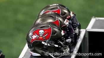 Buccaneers waive Calvin Ashley after he left the team