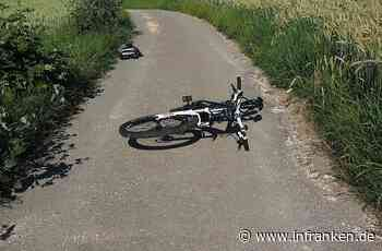 Forchheim: Radfahrer (49) liegt tot neben einem Waldweg - Passantin findet ihn