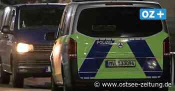 Nächtlicher Polizeieinsatz in Zinnowitz: Unbekannte klettern auf Kräne - Ostsee Zeitung