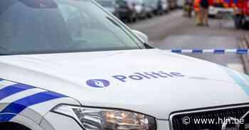 Vrouw (77) in ziekenhuis na brutale straatroof op klaarlichte dag - Het Laatste Nieuws