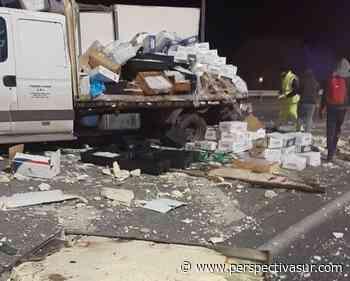 Quilmes: Impactante accidente entre dos camiones en la Autopista Bs.As. LP - Perspectiva Sur