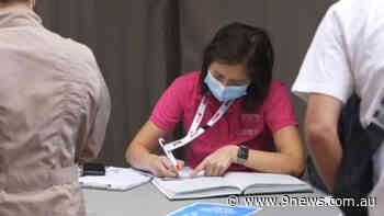 Coronavirus: Younger Australians now able to walk-in for AstraZeneca vaccine - 9News