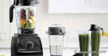 The beastly Vitamix 7500 is down to $290, its lowest price ever (by far)     - CNET