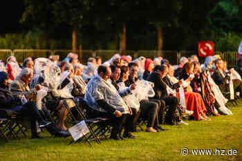 Opernfestspiele Heidenheim: Warum beim Galakonzert das große Rascheln einsetzte - Heidenheimer Zeitung