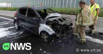 Wagen brandt uit na kettingbotsing op E17 in Kruibeke, 6 andere voertuigen betrokken - VRT NWS
