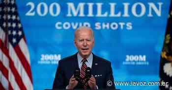 Biden impulsará la vacunación contra el coronavirus entre los estatales de EE.UU - La Voz del Interior