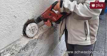 Nach Kritik: Ravensburg entfernt Nazi-Höhenmarke am Blaserturm - Schwäbische