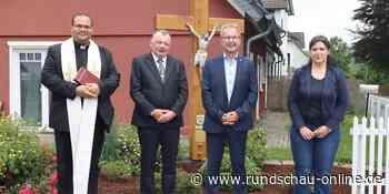 Wildberg: Christuskreuz in der Dorfmitte eingeweiht - Kölnische Rundschau